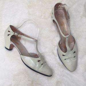 Vintage Salvatore Ferragamo Kitten Heel Shoes